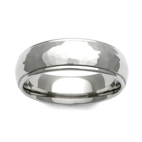 Titanium Hammered Shoulder Cut 7mm Ring