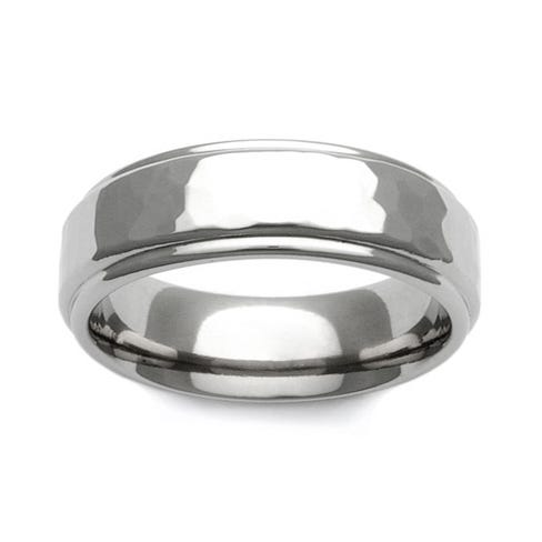 Titanium Polished Hammered Recessed Edge 7mm Ring