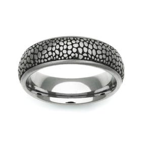 Titanium Ring with Laser Engraved Stingray Design